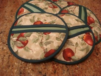 Apple Potholders 001